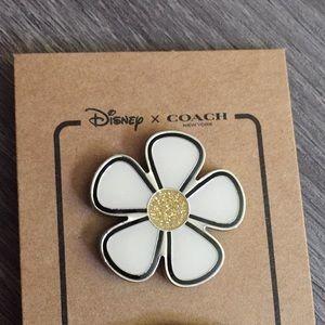 Disney x Coach NWT Daisy pin